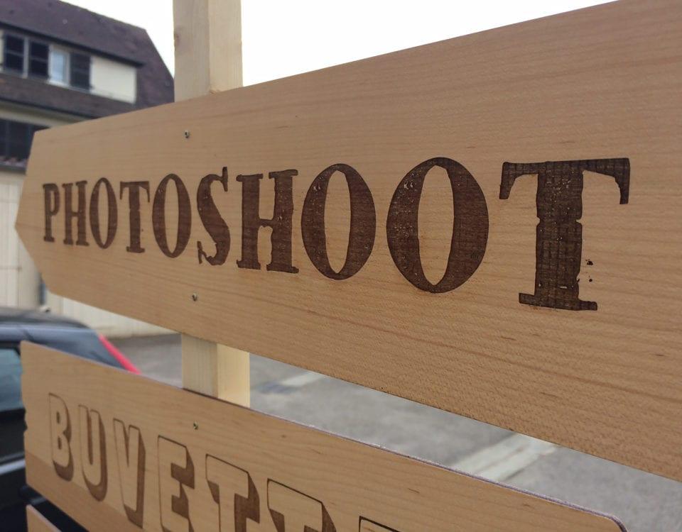 panneau directionnel personnalise gravure bois gravure plexiglas metz moselle lorraine lookline signaletique