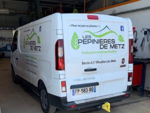 flocage-camion-covering-habillage-logotage-vehicule-pepinieres-metz-arriere