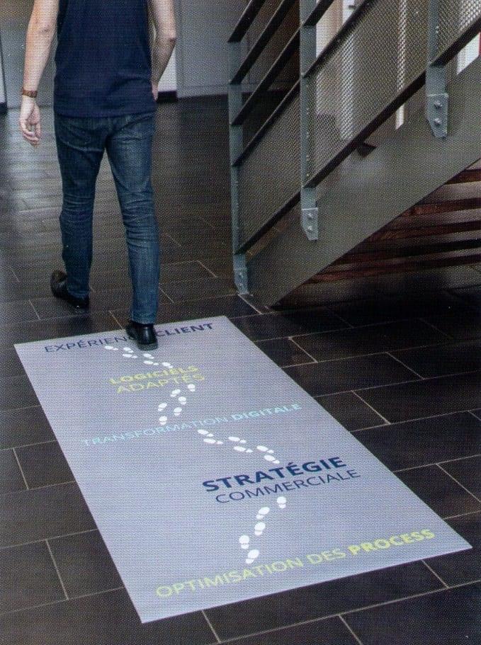 adhesif-publicite-promo-marquage-sol metz lorraine lookline