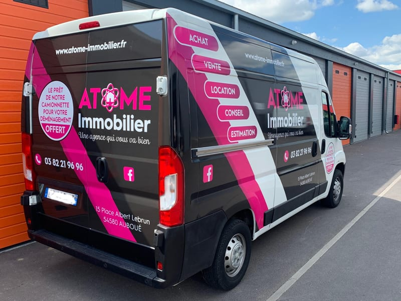 covering-adhesif-camionette-utilitaire-logotage-vehicule-lettrage
